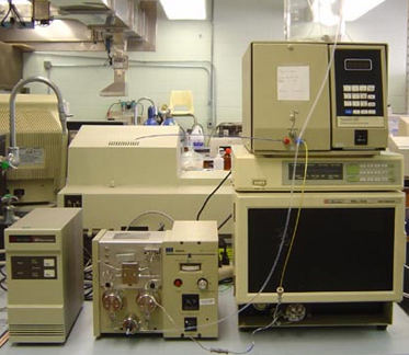 Waters HPLC with UV or RI Detector